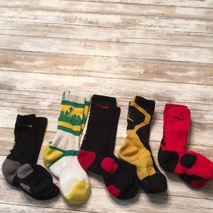 DY28 Nike/strideline socks